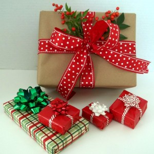 christmas-gift-wrapping-ideas-2015-8wk4cnaa